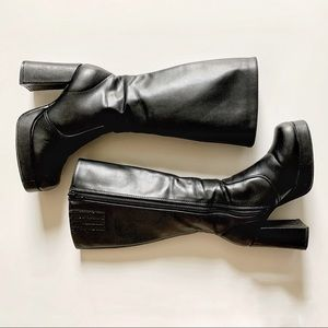 2000s Y2K chunky square toe boots size 5
